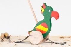 Papoušek na tyči