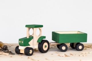 Dřevěný traktor s vozíkem