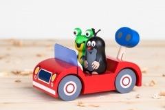 Krtek s žabkou na výletě - červené auto