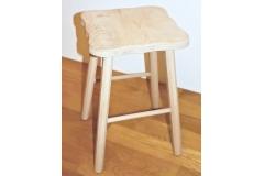 Stolička z masivu - velká