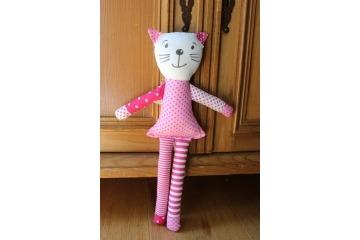 Kočička růžový puntík